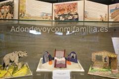 Exposicion-Biblioteca-Adolfo-Suarez-2-adondevoyconmifamilia
