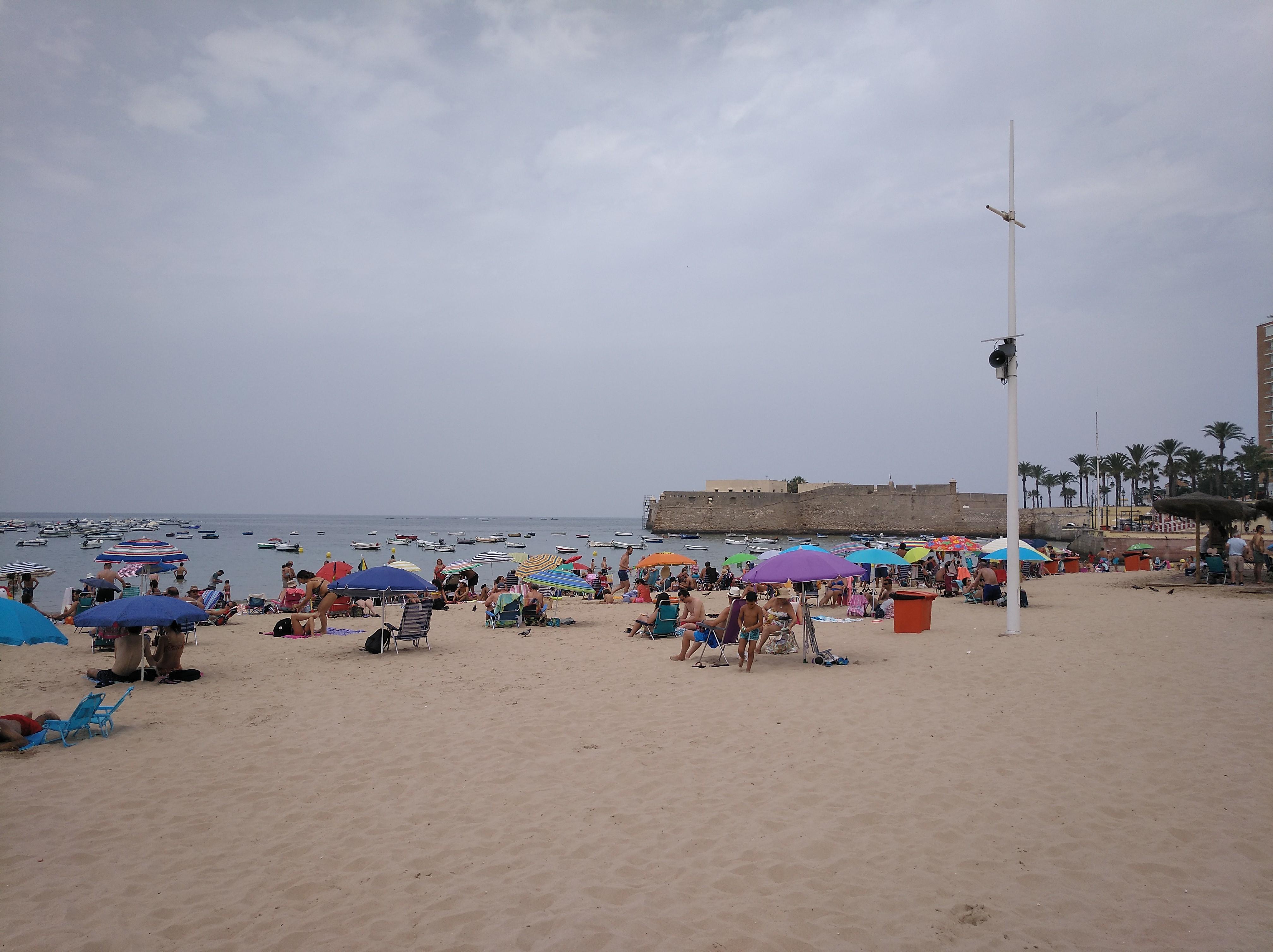 playa de la caleta cadiz niños